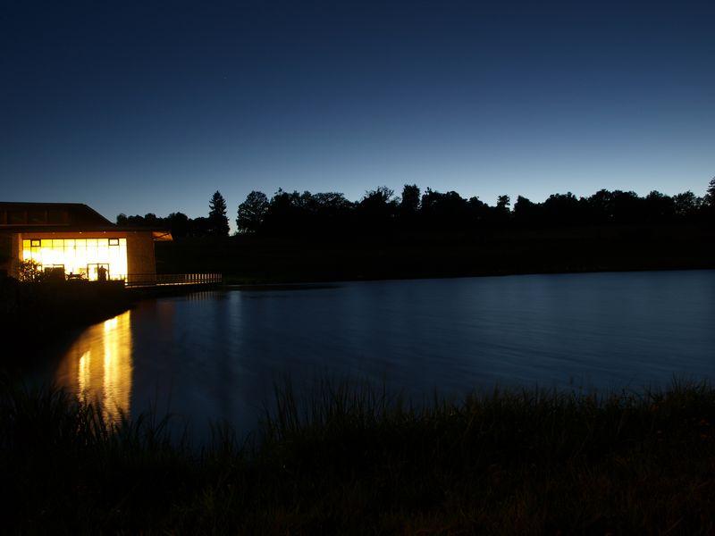 1 emplacement, 2 point de vue ! 2012-08-25_Etang_nuit