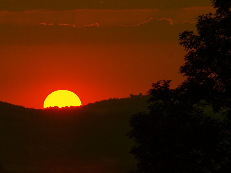 Pas de coucher de soleil pour marnie... Il faut aimer le rouge !! 2012_07_28_coucher4